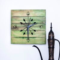 Exclusivelane Wooden Engraved Wall Clock Green