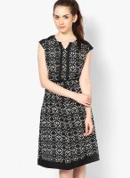 Paprika Black Colored Printed Shift Dress